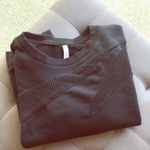 Fabletics sweatshirt 👟